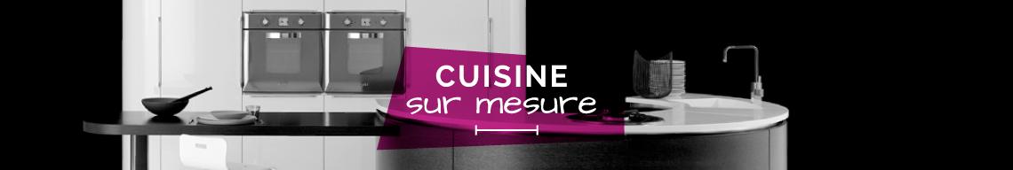 Cuisine aménagée équipée avec Hom'in, spécialiste de la cuisine sur mesure à Orléans & Paris