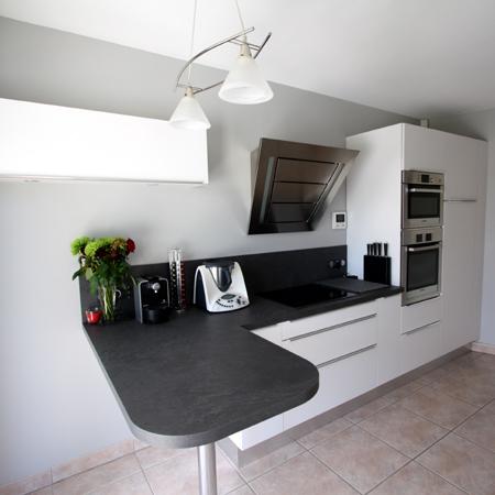 cuisine penelope hom in. Black Bedroom Furniture Sets. Home Design Ideas