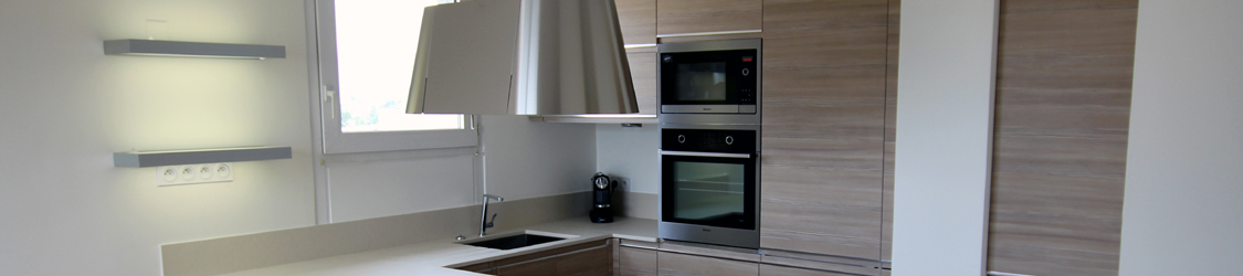 bandeau-cuisine-laque-hom-in